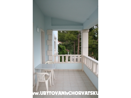 Apartments Marinović - Brač Croatia