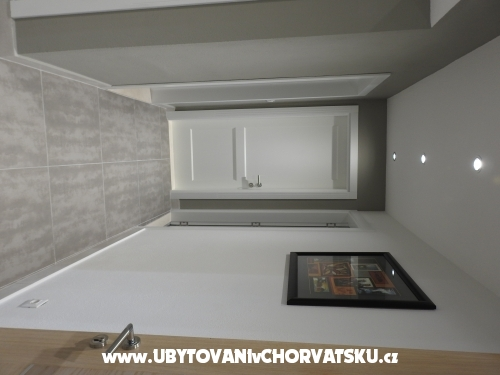 Luxury Apartmány s bazénem - Brač Chorvatsko