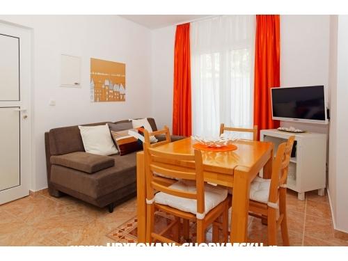 Villa Adria - Brač Hrvaška