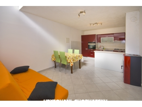 Appartement & rooms Medi� - Brela Croatie