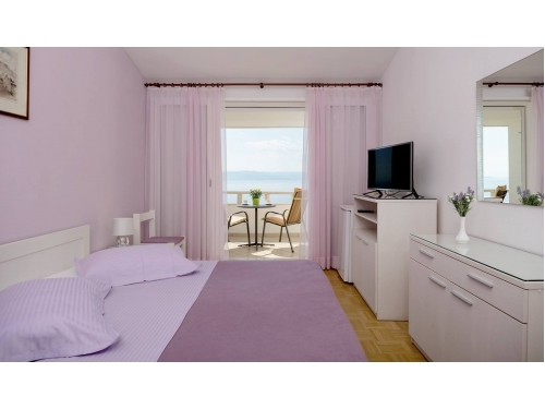 Appartement & rooms Medi� - Brela Kroatien