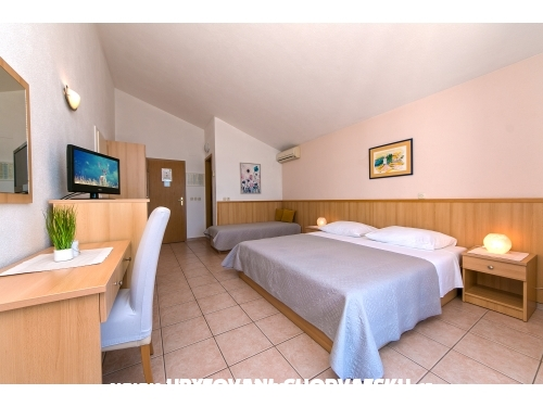 Appartements AnRi - Brela Croatie