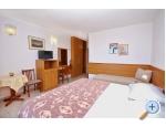 Appartements AnRi - Brela Kroatien