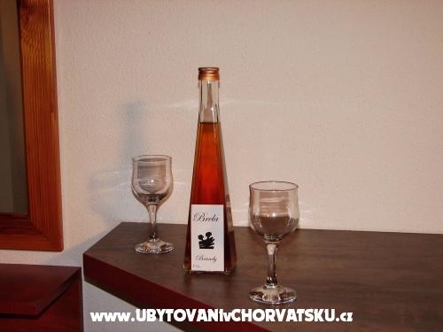 Apartm�ny BIKIN - Brela Chorvatsko