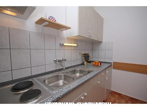 Appartements Hrvoje - Brela Croatie