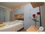 Appartements Hrvoje - Brela Kroatien