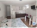 Appartements Nada Mustapić - Brela Kroatien