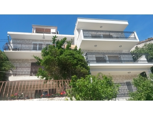 Apartments Rose - Brela Croatia