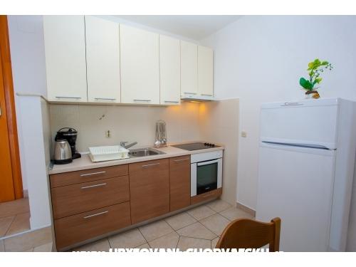 Appartements Seferovi� - Brela Kroatien