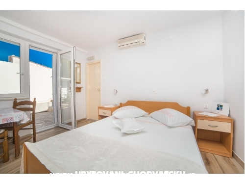 Appartements Stipan - Brela Croatie