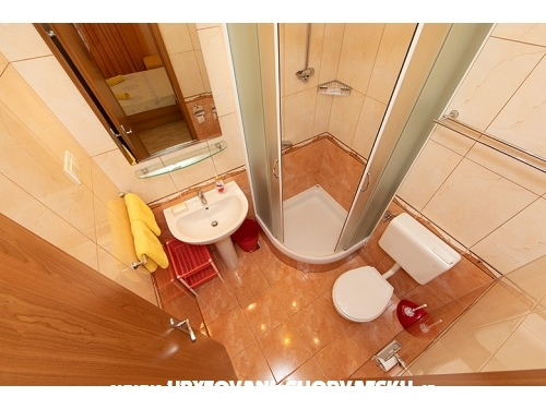 Apartmaji Vale - Brela Hrvaška