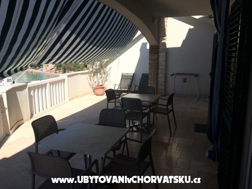 Apartments Villa Porat - Brela Croatia