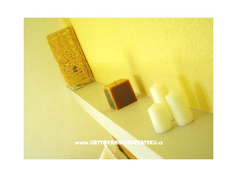 Apartmaji Ursus - Brela Hrva�ka