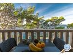 Beachview Ferienwohnungen/Free parking - Brela Kroatien