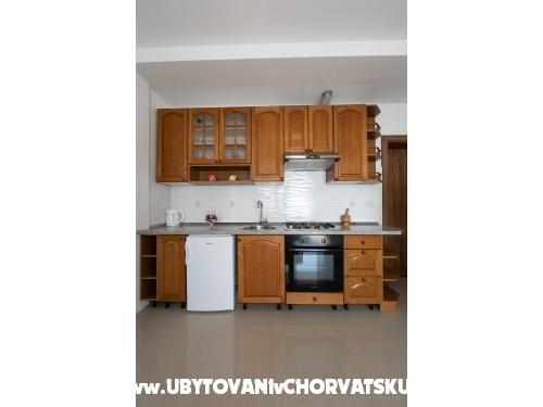 Villa Orada - Brela Kroatië