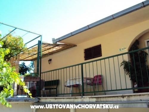 Villa Nikola - Brela Kroatië
