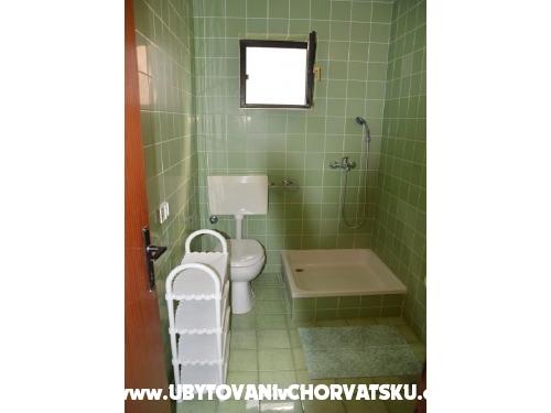Apartmaji Andrea Drvenik - Drvenik Hrvaška