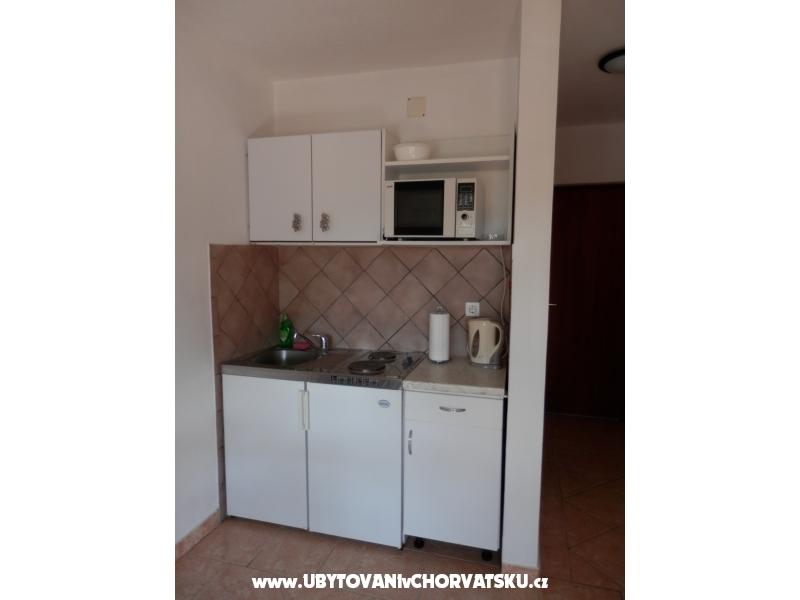 Apartmanok Sanja - Drvenik Horv�torsz�g
