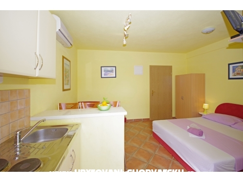 Appartements Simic - Drvenik Croatie