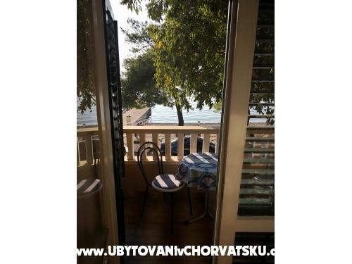 Apartmanok Alač - Drvenik Horvátország