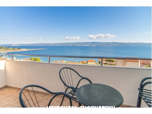 Apartments with sea view Cihorich - Dugi Rat Croatia