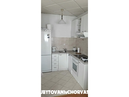 Appartements Stipić - Dugi Rat Kroatien