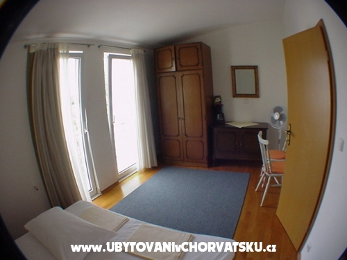 Appartements Banic - Dugi Rat Croatie