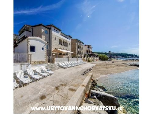 Family Apartmán Beach - Dugi Rat Chorvatsko