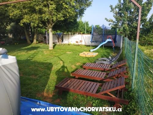 Ferienwohnungen Peroj 4**** - Fažana Kroatien