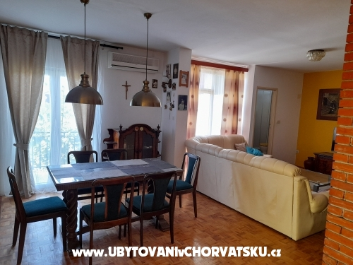 Apartm�ny Andjelka & Jure - Sv. Filip i Jakov Chorv�tsko