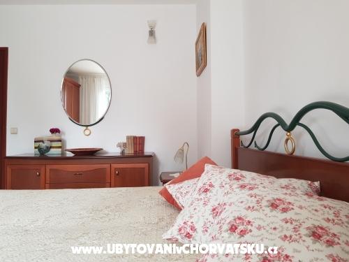 Apartmani Burazin - Sv. Filip i Jakov Hrvatska