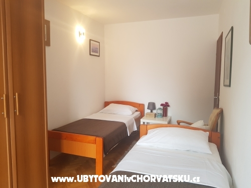 Appartements Burazin - Sv. Filip i Jakov Kroatien