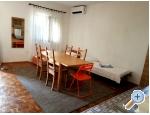 Appartements Dijana - Sv. Filip i Jakov Kroatien