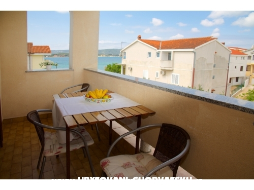 Apartments FJAKA - Sv. Filip i Jakov Croatia