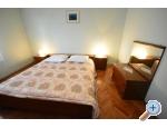 Appartements Iva - Sv. Filip i Jakov Kroatien