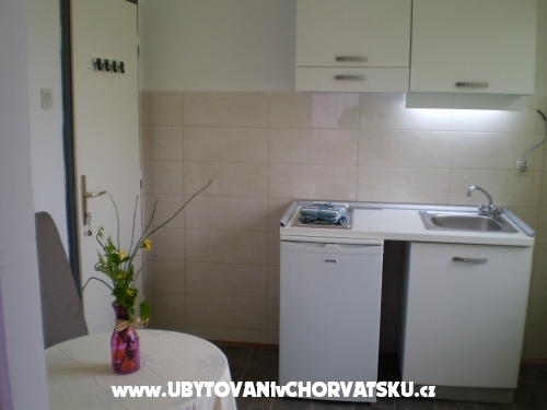 Apartm�ny Lidija - Sv. Filip i Jakov Chorv�tsko