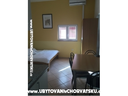 Apartments Paric - Sv. Filip i Jakov Croatia