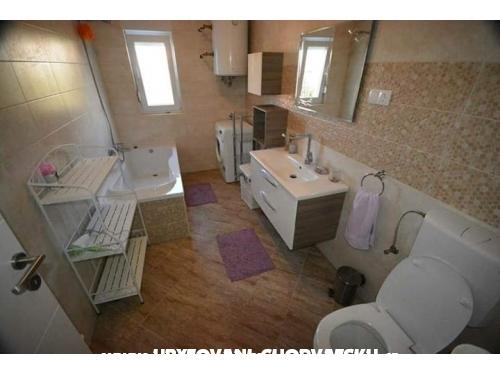 Apartmaji Paula - Sv. Filip i Jakov Hrvaška
