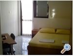 Appartements Kristina - Sv. Filip i Jakov Kroatien