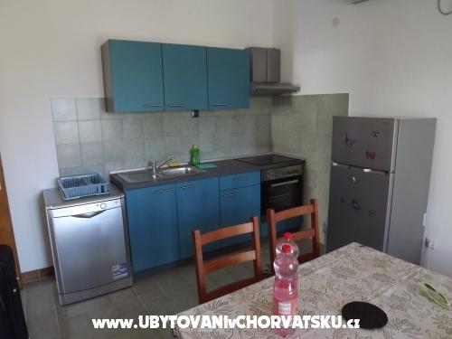 Apartmány Julia - Sv. Filip i Jakov Chorvatsko