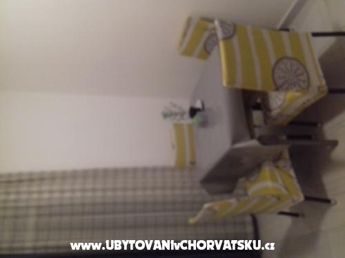 Apartmány M&R - Sv. Filip i Jakov Chorvátsko