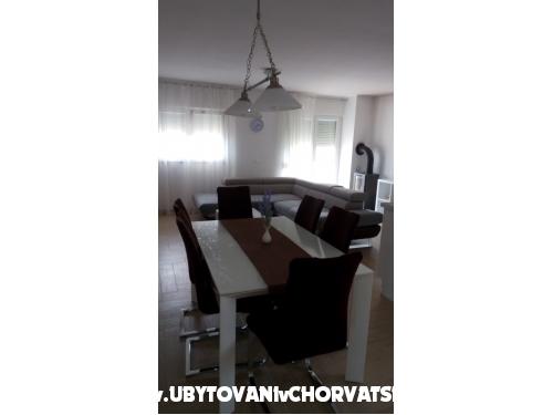 Apartmány Sure - Sv. Filip i Jakov Chorvatsko