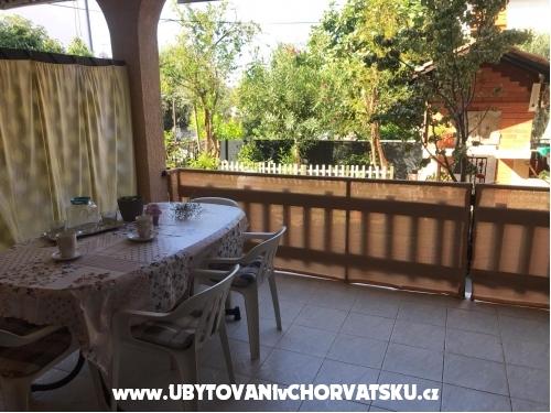 Haus Kićo - Sv. Filip i Jakov Kroatien