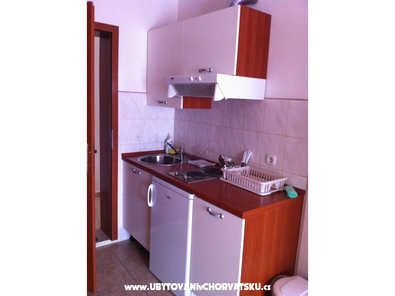 Apartmaji lujo - Gradac � Podaca Hrva�ka