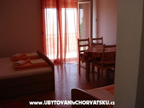 Apartm�ny Ivana - Gradac � Podaca Chorv�tsko