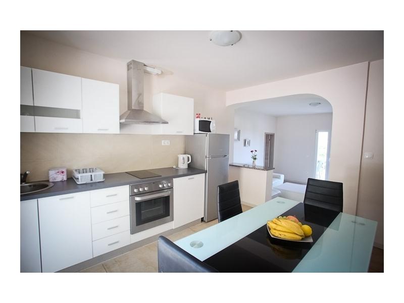Apartmaji Kalaba II - Gradac – Podaca Hrvaška