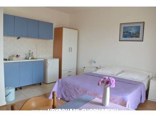 Apartments Mirta - Gradac � Podaca Croatia