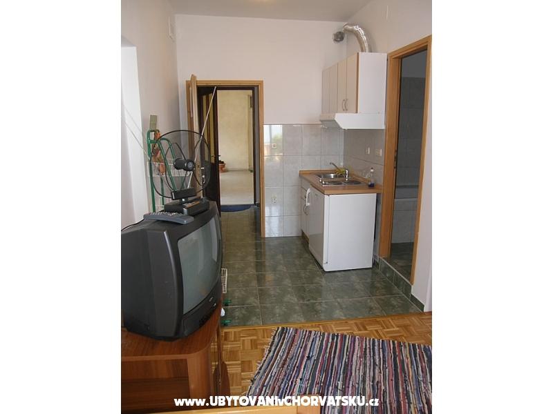 Apartmaji Porobilo Brist - Gradac – Podaca Hrvaška