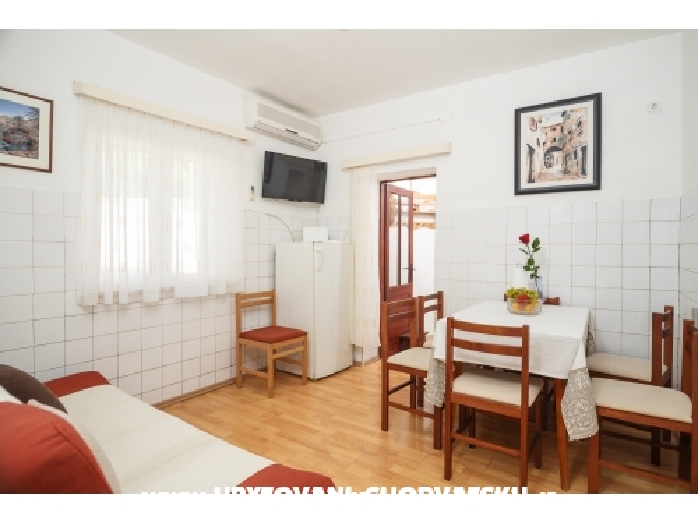 Apartmanok Nikolic - Gradac – Podaca Horvátország
