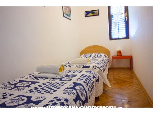 Apartmány Kosović I. - Gradac – Podaca Chorvátsko